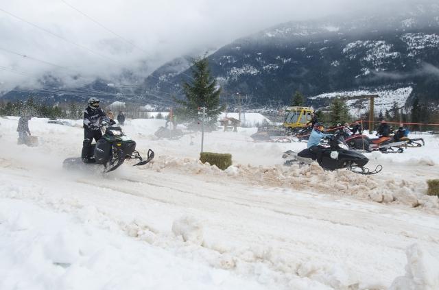 Snowarama snowmobile drag races & festival - Revelstoke